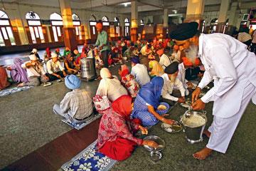 Amritsar to Gurudwaras Tour