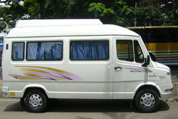12 Seater Tempo Traveller Rental